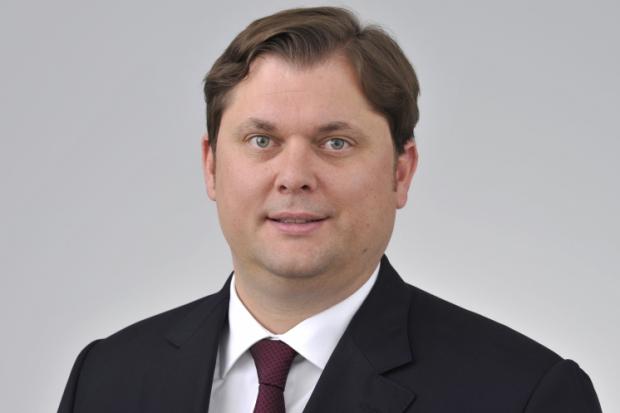 Credit Suisse Asset Management stellt auf ESG um Vermischtes